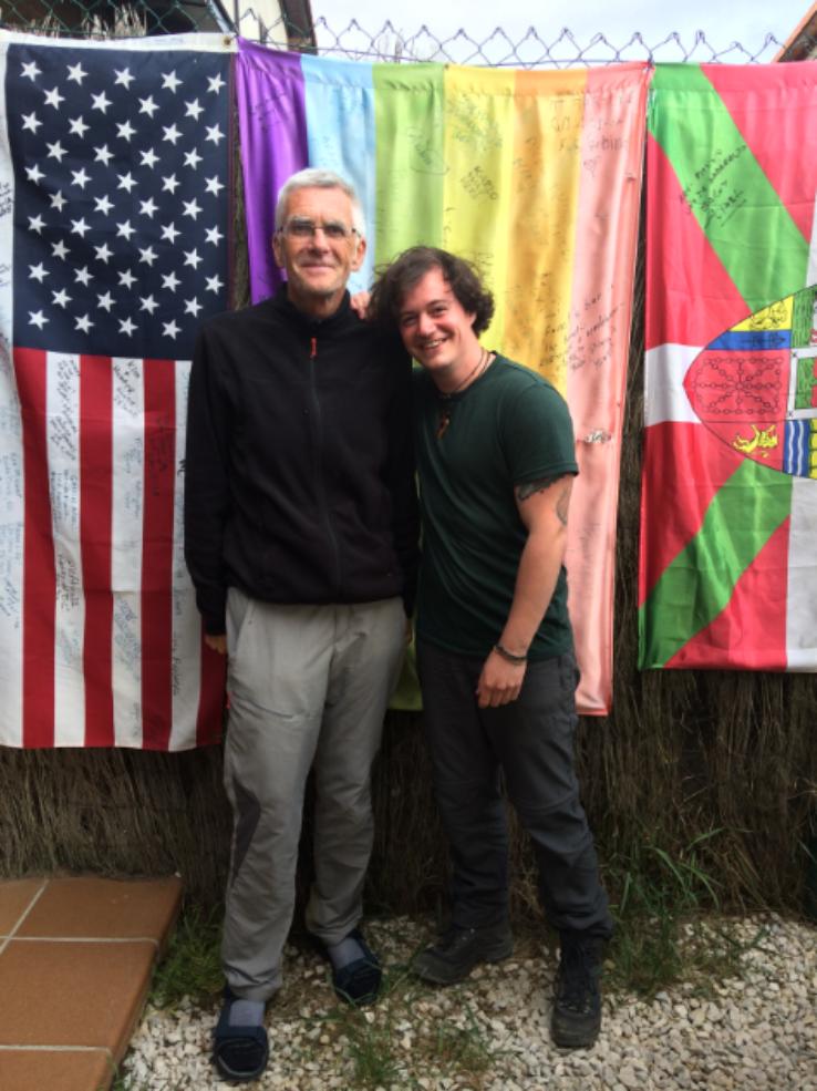 Mike and his new German friend Paul at The Amari restaurant in Larrosoaña