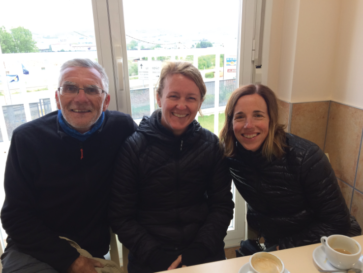 Enjoying a café con leche with Marci and Jeanne, on the outskirts of Navarrete. They were from the States and they would become important members of my Camino family