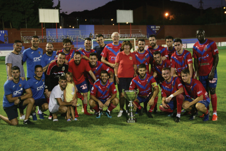 Mazarron FC with the Los Amigos Trophy