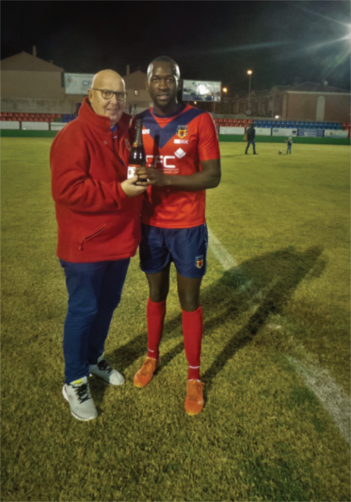Musoni receives his Man of the Match award from Dave Perks